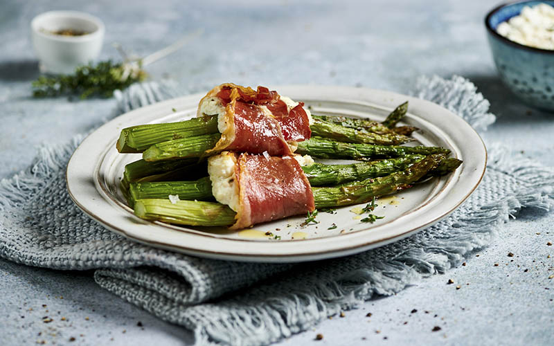 Asparagus Rolls with Prosciutto